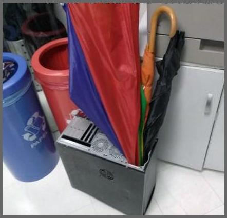Flagras de Atendimento - Porta guarda-chuvas