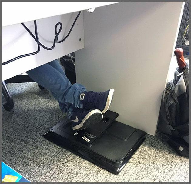 Flagras de Atendimento - Apoio para os pés