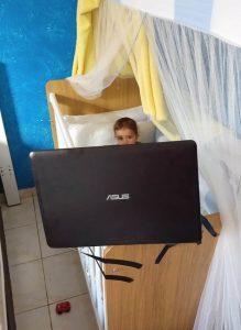 Distraindo as crianças - Flagras de Atendimento